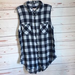 Checkered Sleeveless Button Down